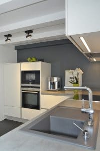 Küche · Architektenhaus Köln Rondorf, Umbau, Innenausbau und Interior-Design Einfamilienhaus im Ortskern