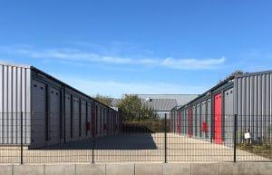 Vorplatz Garagenpark Storage Köln Rodenkirchen · Architektin AKNW Dipl.-Ing. Lubov · Architekt / Architekturbüro Köln